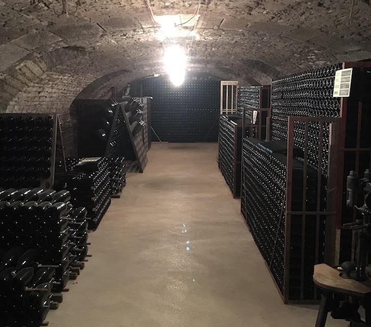 champagne Francois-Brosselette cellar