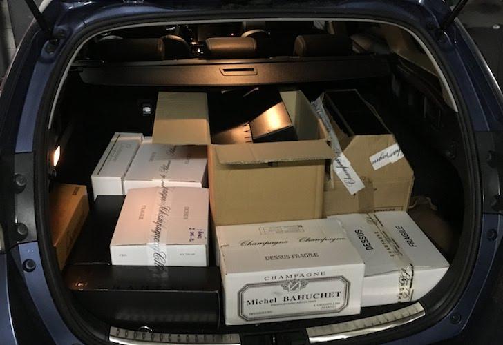magnums champagne kofferbak